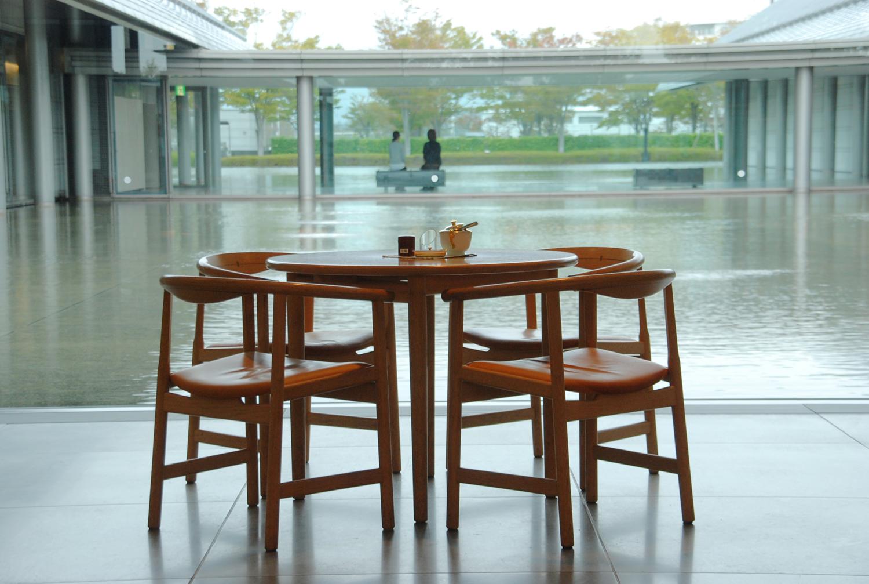 http://www.sagawa-artmuseum.or.jp/%E5%96%AB%E8%8C%B6%E5%BA%97%E5%86%85%5B8%5D.jpg