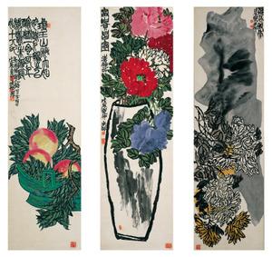 左から《桃果図》、《富貴昌図》、《菊水図》 1928年 大島紬美術館蔵